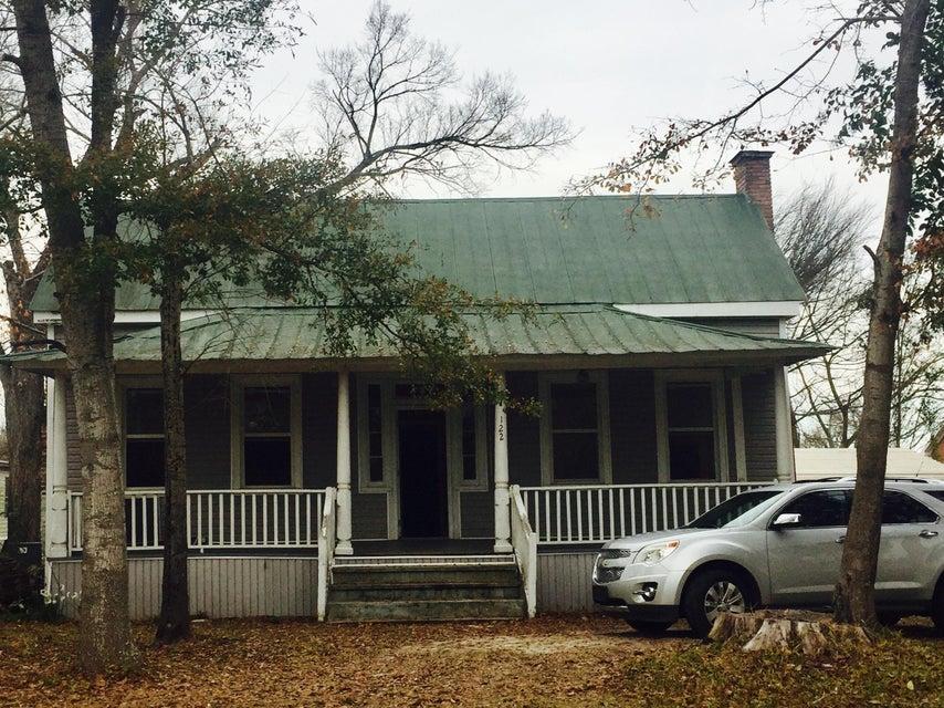 124  Black Oak Road Bonneau, SC 29431