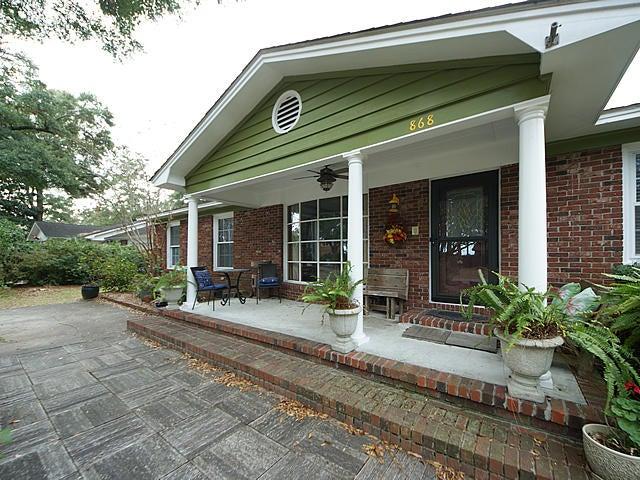 868 Robert E Lee Boulevard Charleston, SC 29412