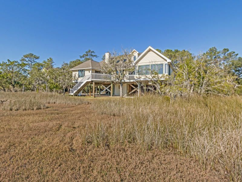 1618  Regimental Lane Johns Island, SC 29455