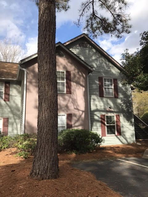 7910  Parklane Court North Charleston, SC 29418
