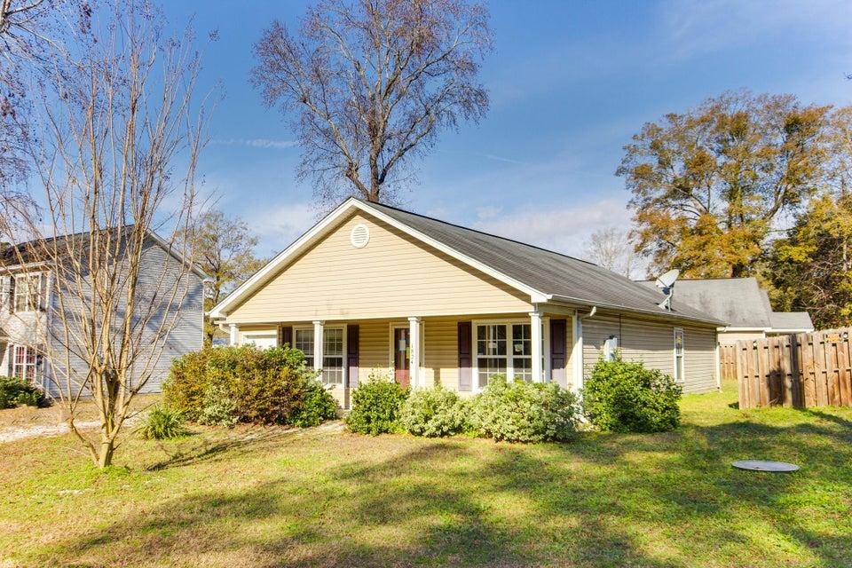 1824  Sumner Avenue North Charleston, SC 29406
