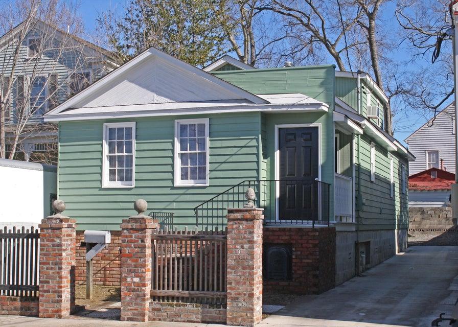 14  Rosemont Street Charleston, SC 29403