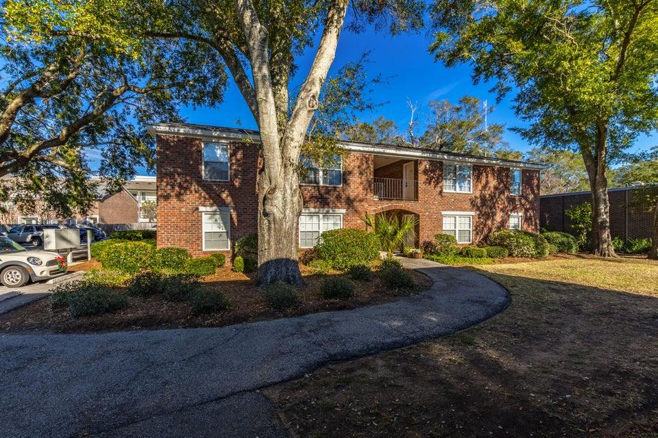 1240  Fairmont Avenue Mount Pleasant, SC 29464