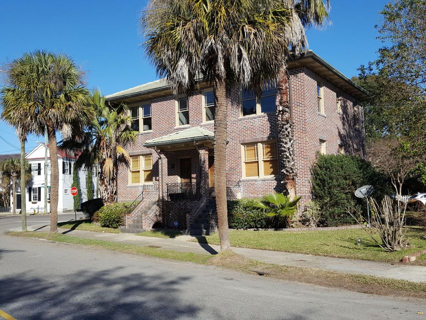 150  South Battery Charleston, SC 29401