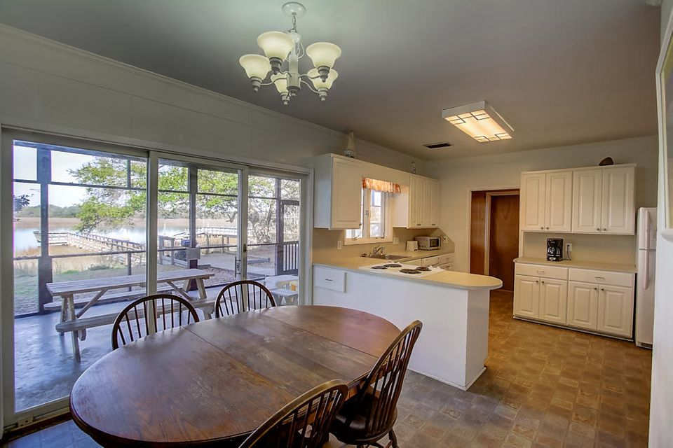 1001  Palm Boulevard Isle Of Palms, SC 29451