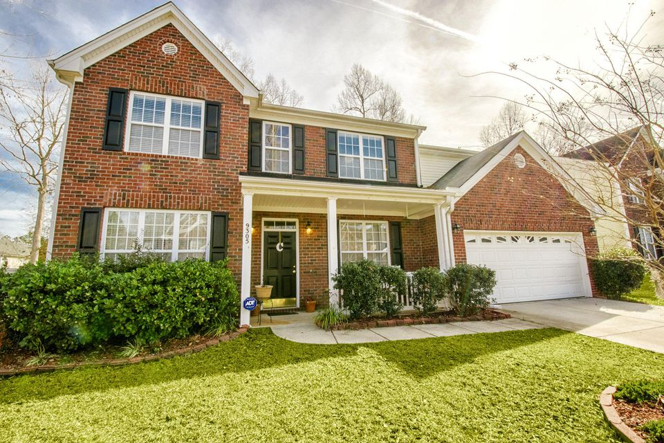 9305 S Moreto Circle Summerville, SC 29485