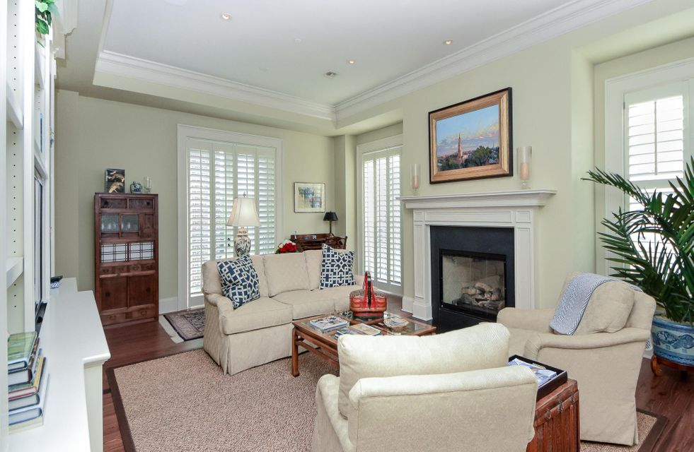One Vendue Range Homes For Sale - 32 Prioleau, Charleston, SC - 6