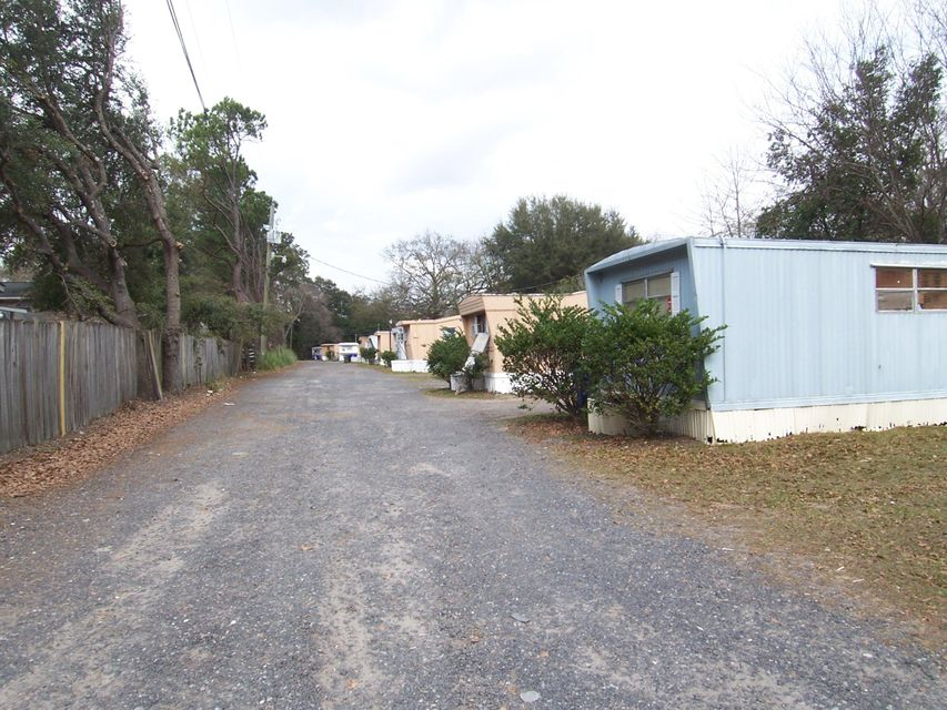 1556 Sumner Avenue North Charleston, SC 29406