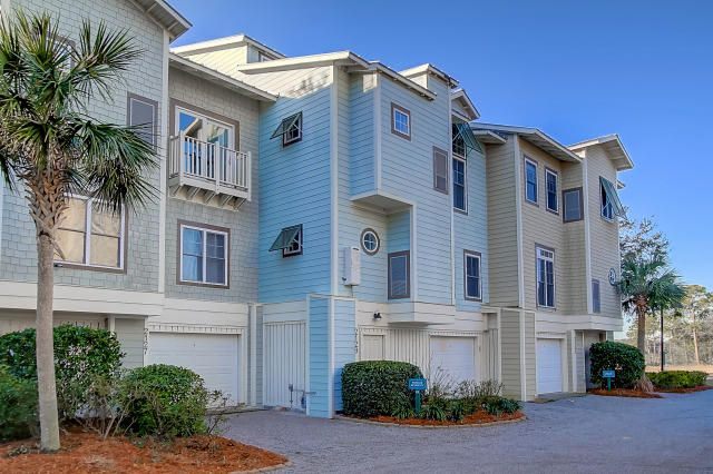 2129  Tides End Road Charleston, SC 29412