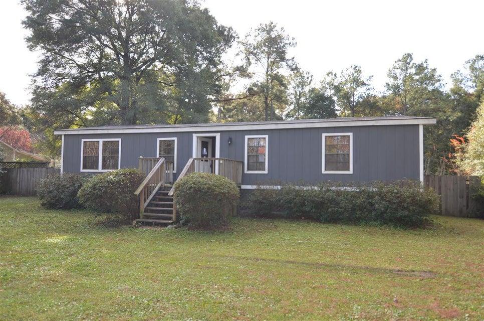 5681  Old Jacksonboro Road Ravenel, SC 29470