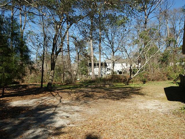 853  Fairlawn Circle Mount Pleasant, SC 29464