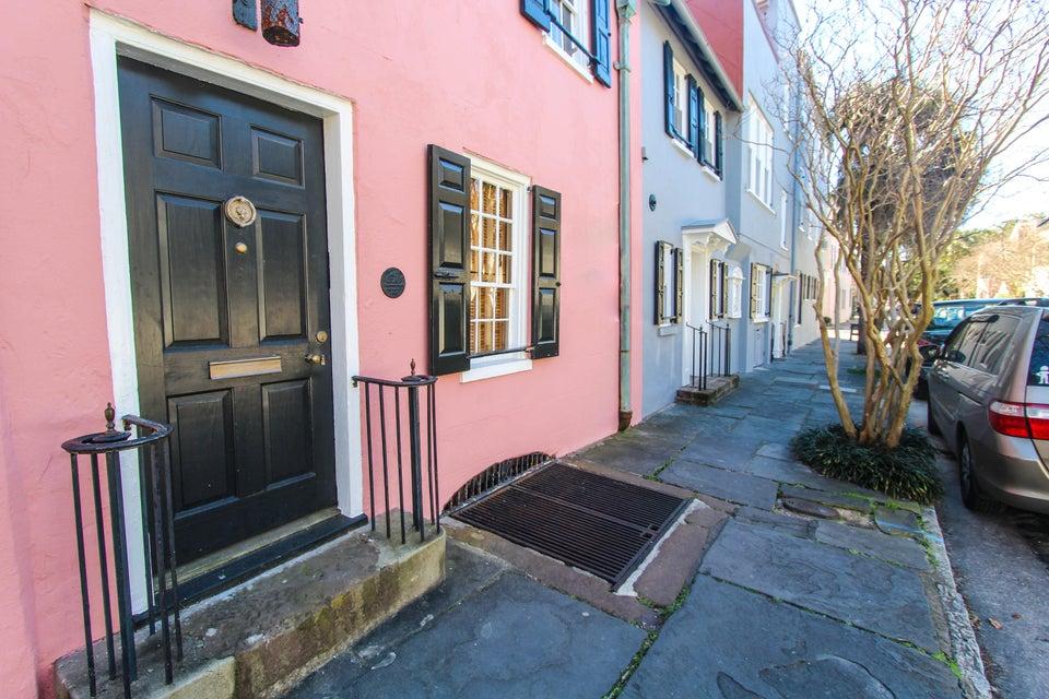 17  Chalmers Street Charleston, SC 29401