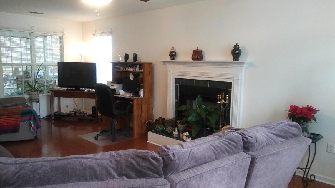 3288  Seaborn Drive Mount Pleasant, SC 29466