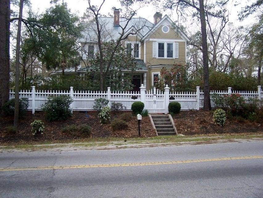 108 E Carolina Avenue Summerville, SC 29483