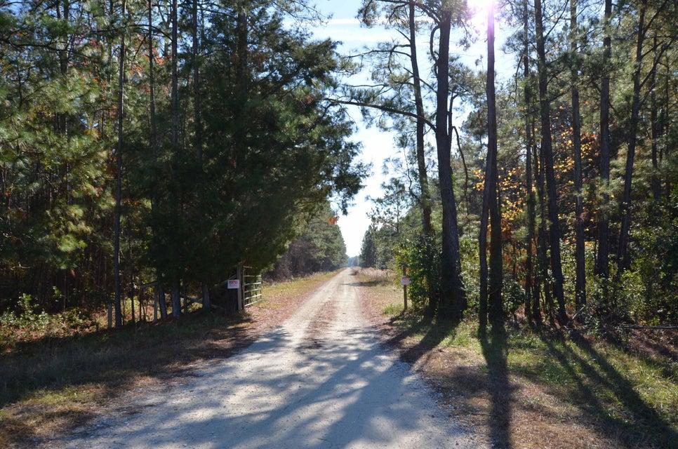 9621 Two Pines Road Mcclellanville, SC 29458