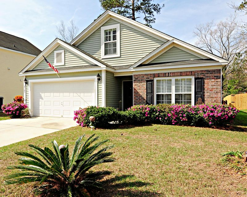 8745 Red Oak Drive North Charleston, SC 29406