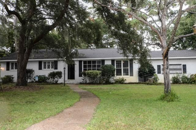 426 Trapier Drive Charleston, SC 29412