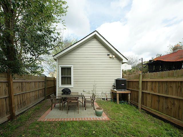21  Strawberry Lane Charleston, SC 29403