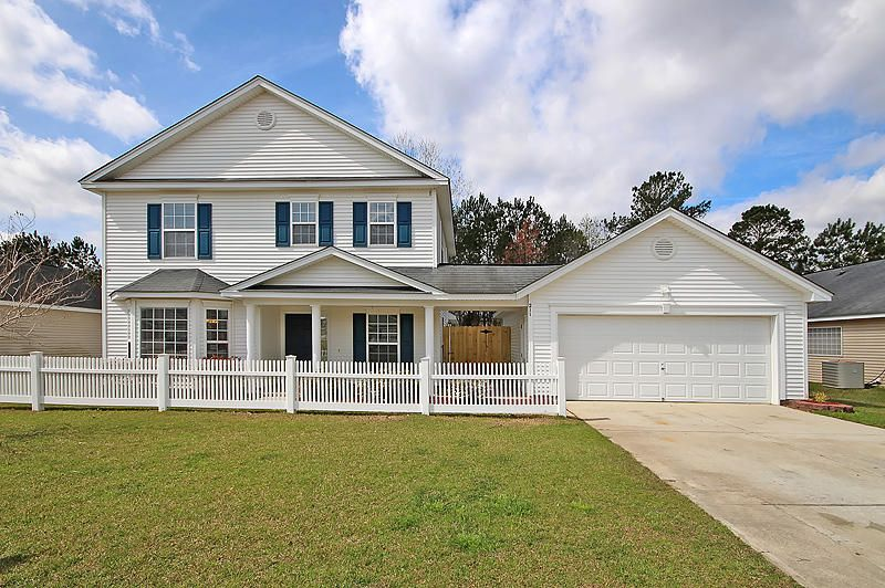 211  Savannah River Dr Summerville, SC 29485