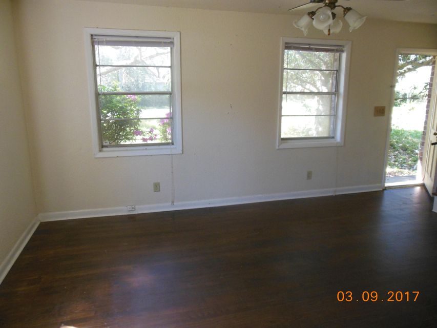 2124  Saint Lukes Drive Charleston, SC 29412