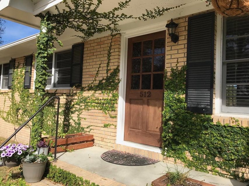 512  Carpenter Street Charleston, SC 29412
