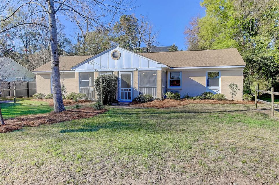 21  Vincent Drive Mount Pleasant, SC 29464
