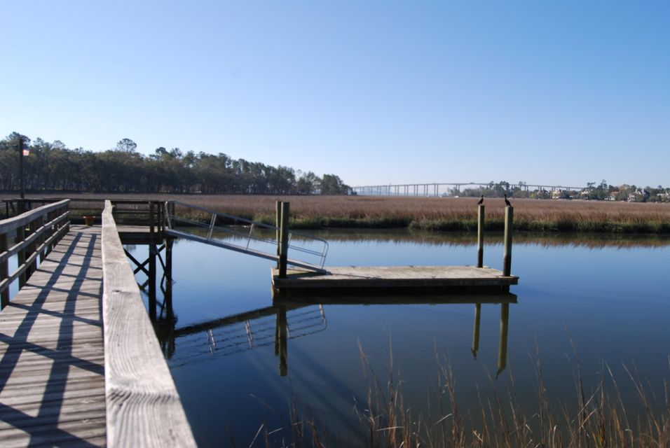 375  Rhoden Island Drive Daniel Island, SC 29492