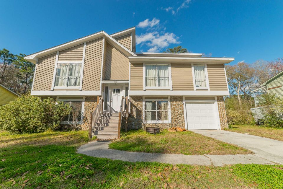 310  Canaberry Circle Summerville, SC 29483