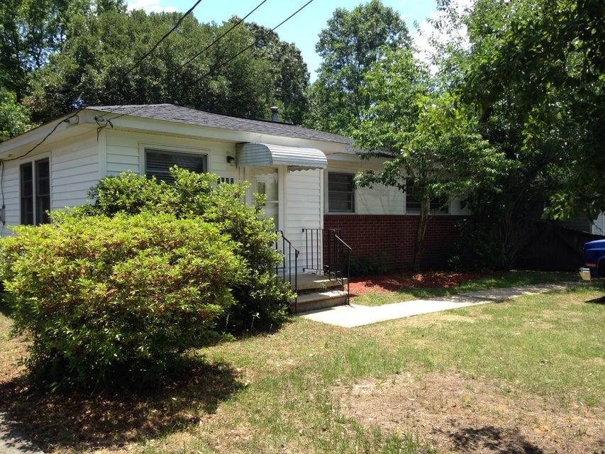 1543  Joan Street Charleston, SC 29407
