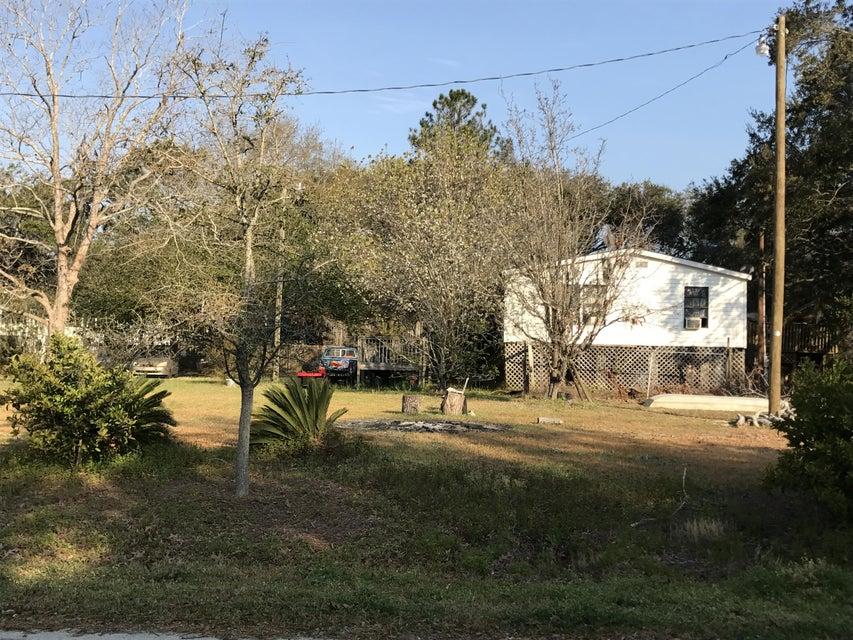 1440  Periwinkle Drive Mount Pleasant, SC 29466