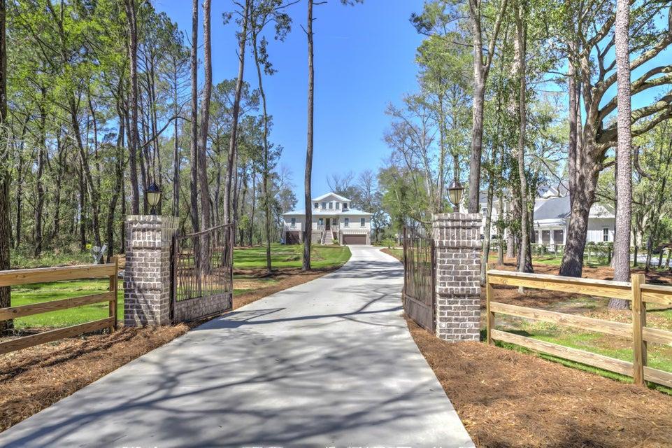 1110  Pinefield Drive Charleston, SC 29492