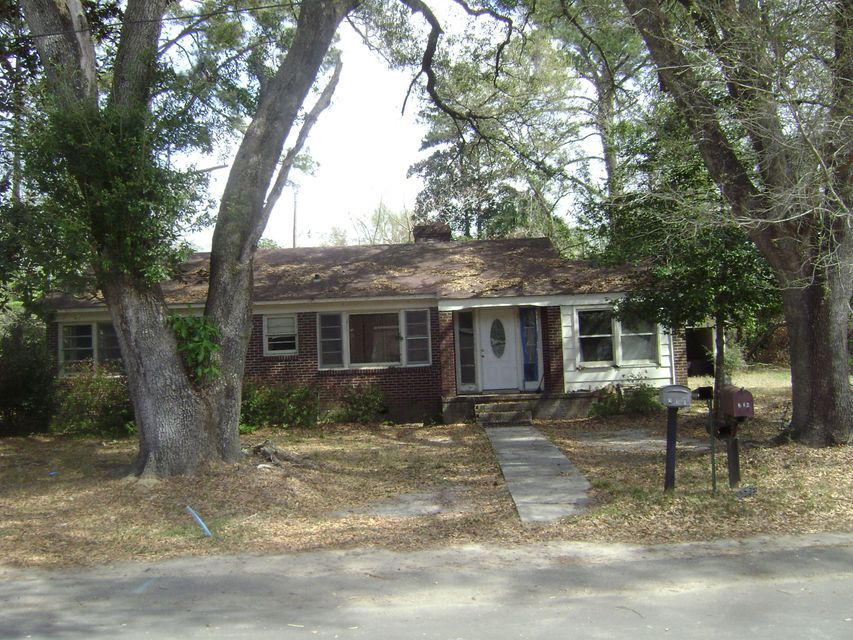 211  Godley Street Walterboro, SC 29488