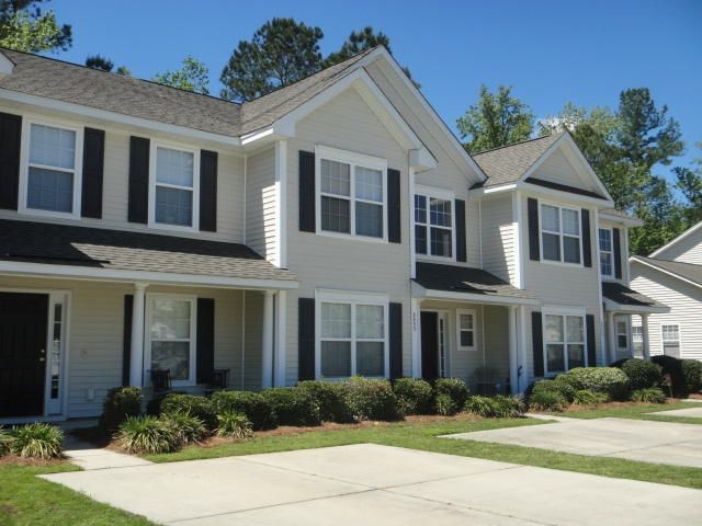 8851 Jenny Lind Street North Charleston, SC 29406