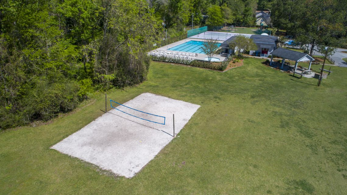 414  Lakeview Drive Summerville, SC 29485