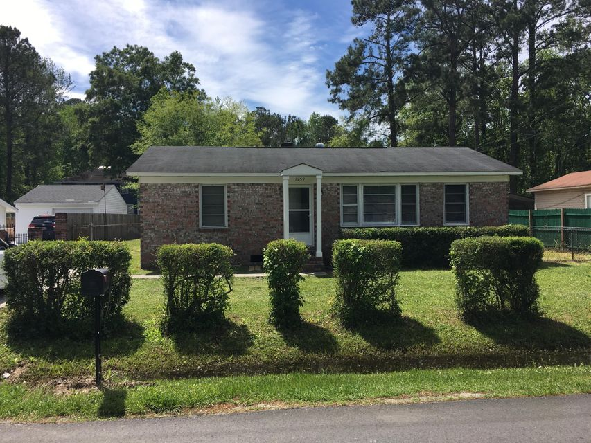 7259 Tanglewood Drive North Charleston, SC 29418