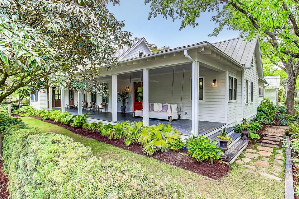 422 Royall Avenue Mount Pleasant, SC 29464