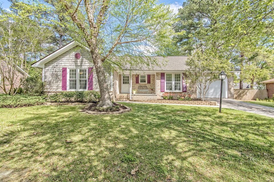 425  Chessington Circle Summerville, SC 29485