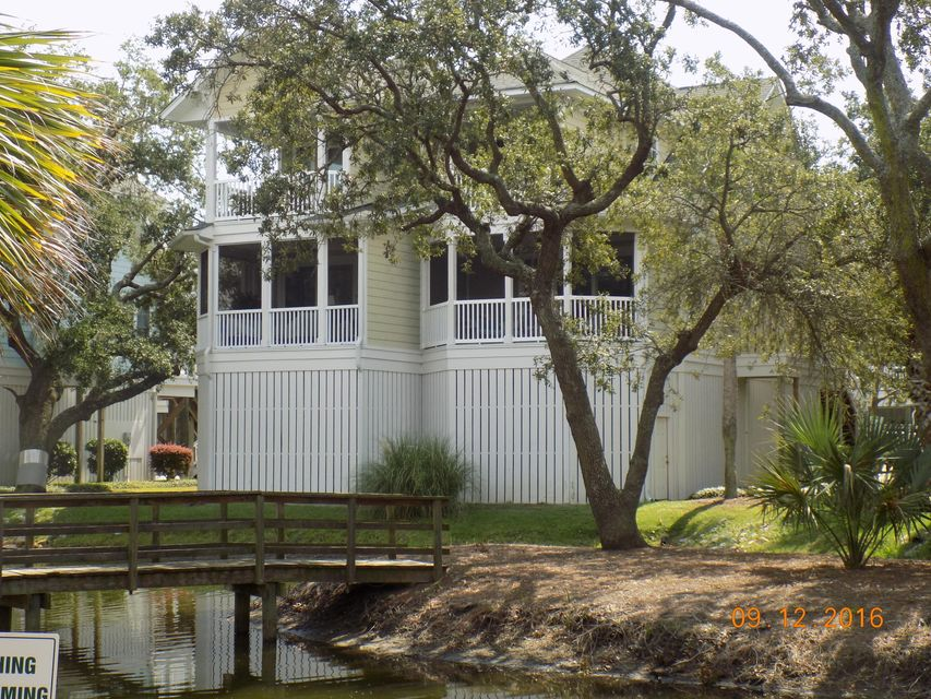 1618  Folly Creek Way Charleston, SC 29412