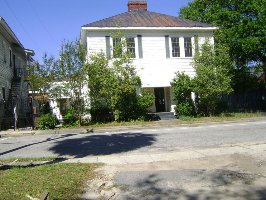 227 N Memorial Avenue Walterboro, SC 29488