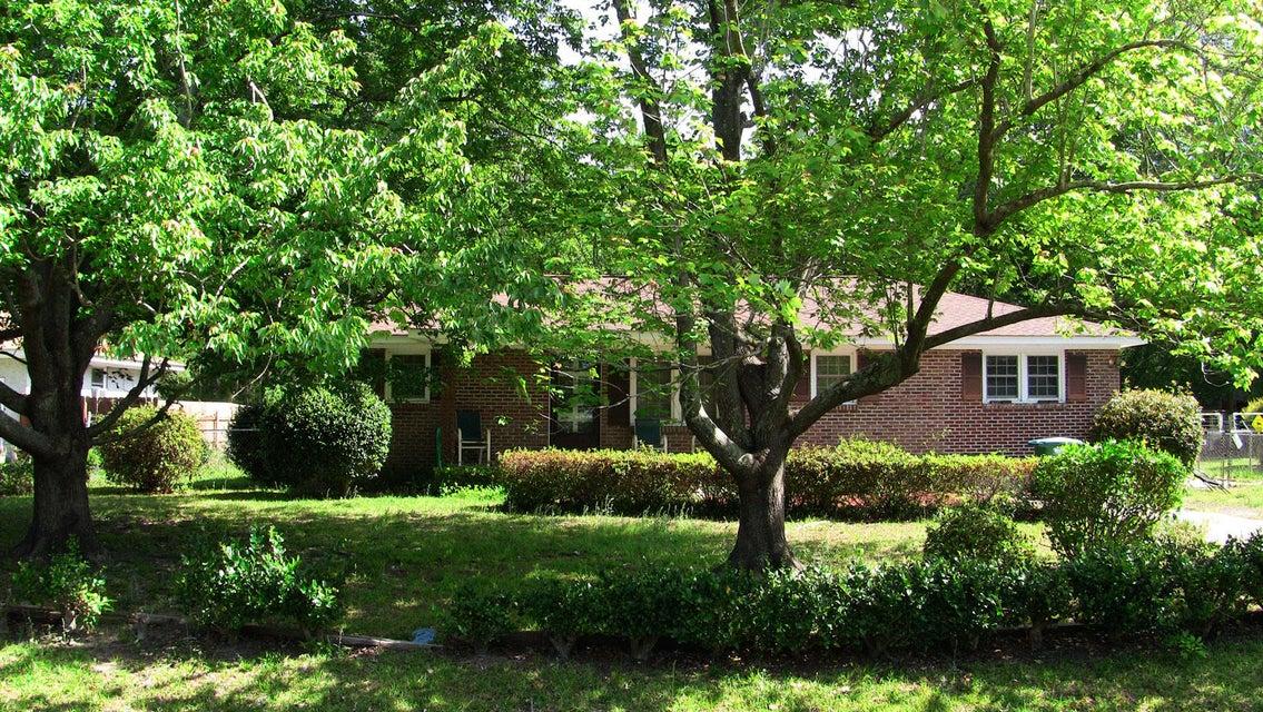 404  Cleveland Street Summerville, SC 29483