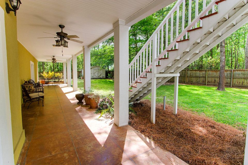 5663  Captain Kidd Road Hollywood, SC 29449
