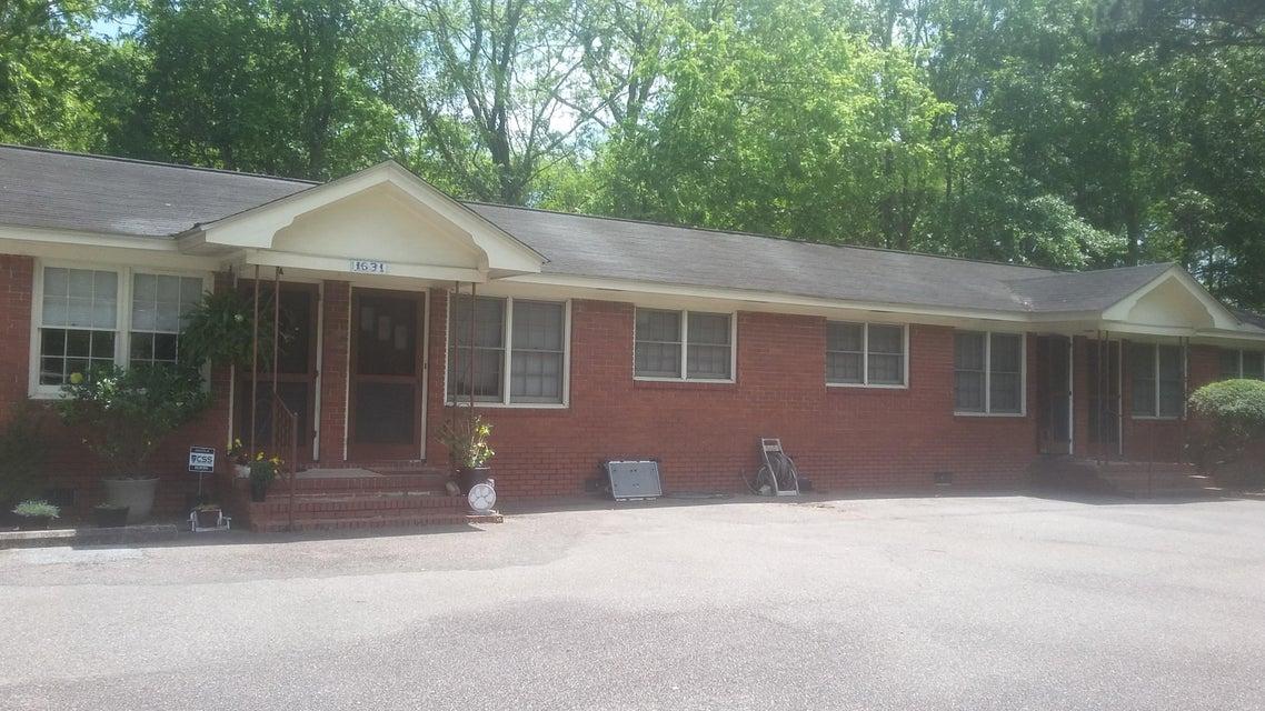 1631  Pearlott Street Charleston, SC 29407