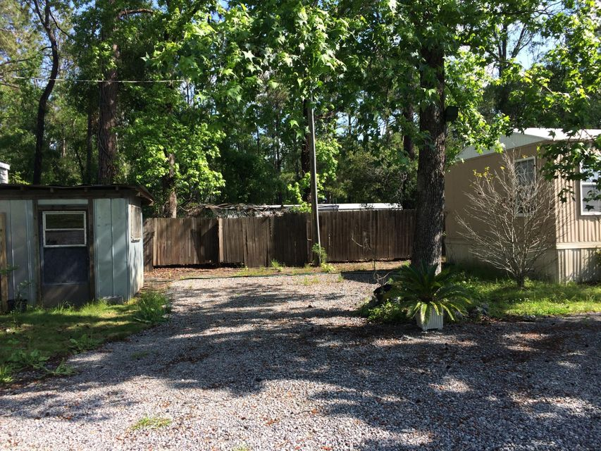 1109  Brownswood Road Johns Island, SC 29455
