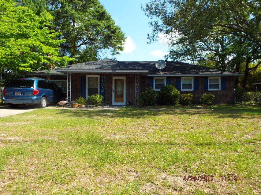 7706  Cherrywood Drive North Charleston, SC 29418