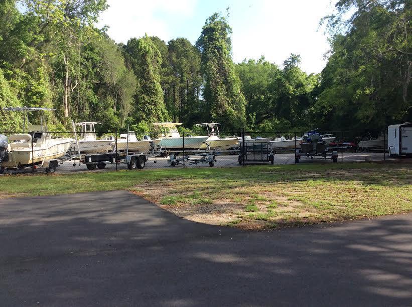 313  Lakeside Drive Mount Pleasant, SC 29464