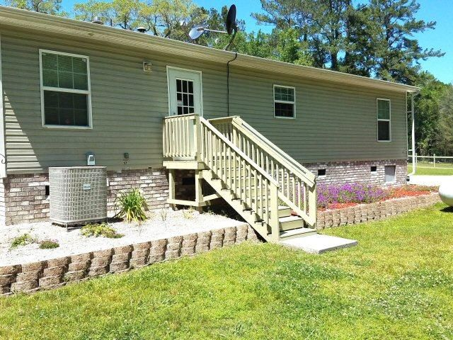 6908  Parkers Ferry Road Adams Run, SC 29426