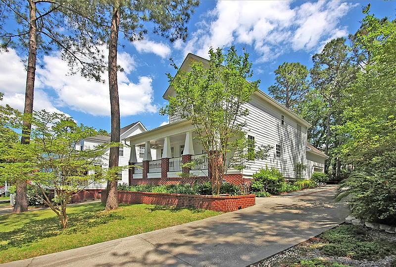 109  White Pine Way Summerville, SC 29485