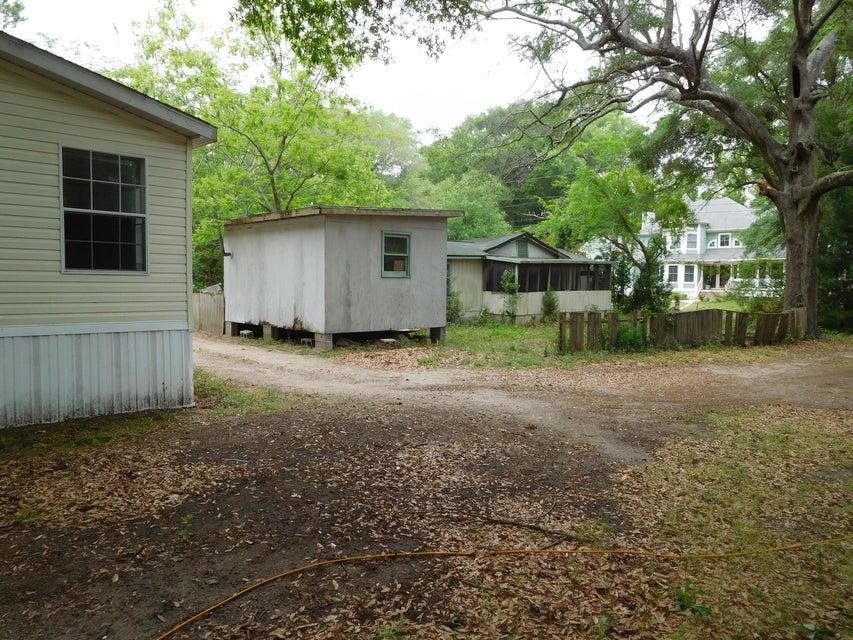 1083 Ben Road Charleston, SC 29412