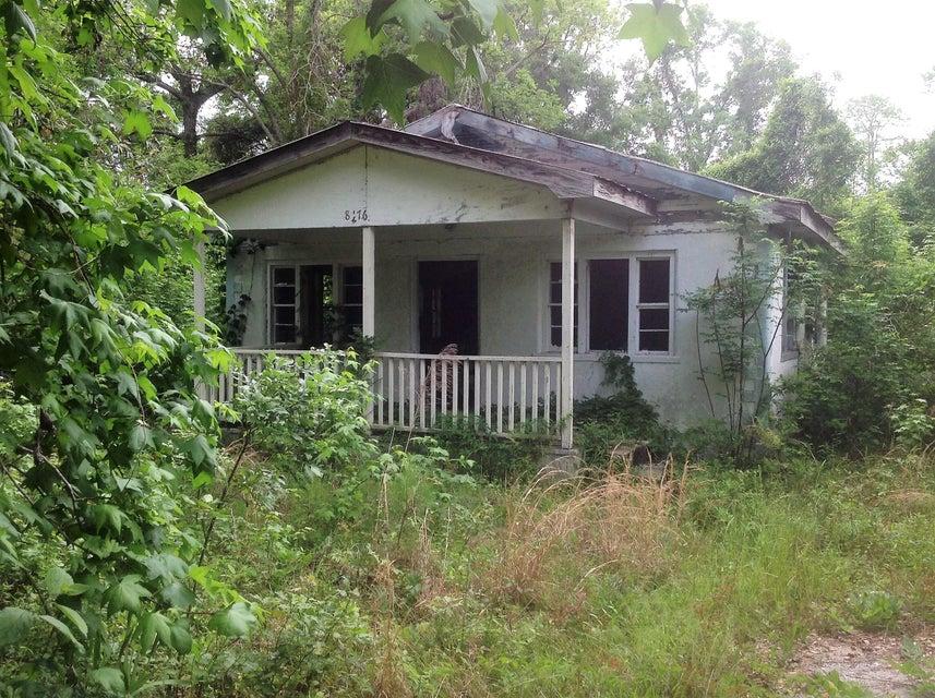 8476 Old Georgetown Road Mcclellanville, SC 29458