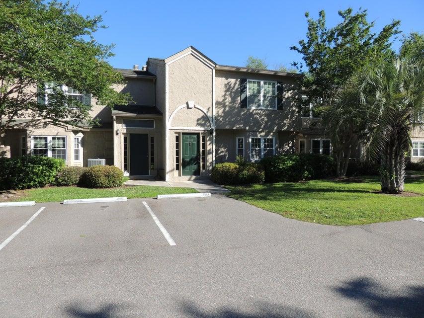 2084 Emerald Terrace Mount Pleasant, SC 29464